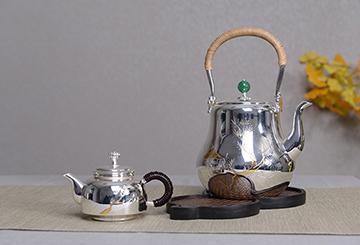 纯手工银壶是怎么做的?比机制壶贵是有原因的!