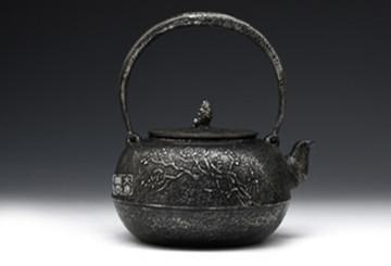 铁壶:手工打造、具有古老传统与技术的艺术品