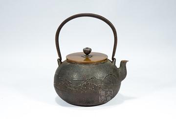 日本老铁壶:异域工艺进入大众收藏的市场阶段