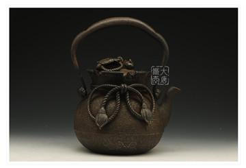 日本老铁壶收藏要点:左手是生活,右手是美学