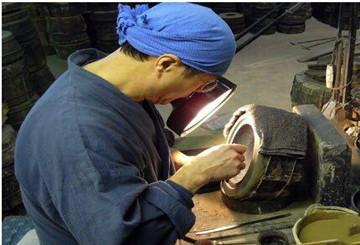 日本南部铁壶制作流程:制作一把日本南部铁壶的工序