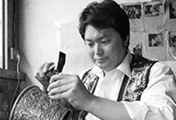 受教于寸发标:云南张家松二十年的国产银壶制作生涯