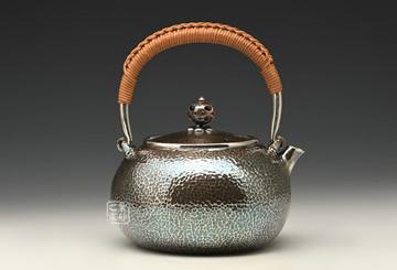 什么是锤目纹?锤目纹工艺有何特点?喝茶的人都爱它!