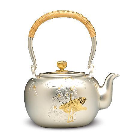 银荣堂 鹤与寿老 雕金银壶