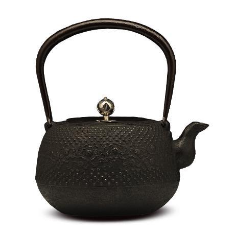 枣形带樱砂铸铁壶