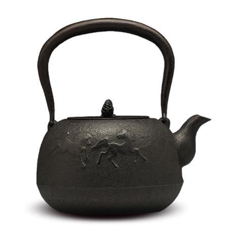 及川齐 丸南部形马纹铁壶