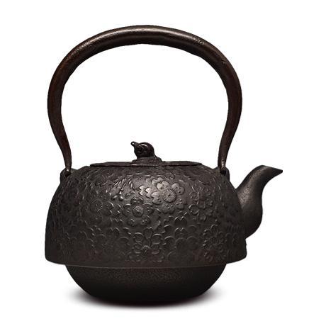 及川齐 平南部形樱砂铸铁壶