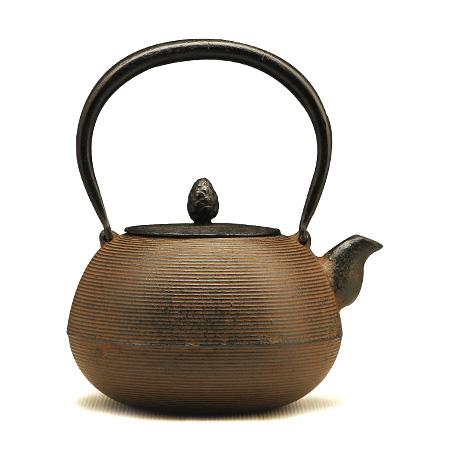 松鹿堂 丸形线纹铁壶