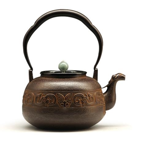 藏六写 饕餮纹铁壶