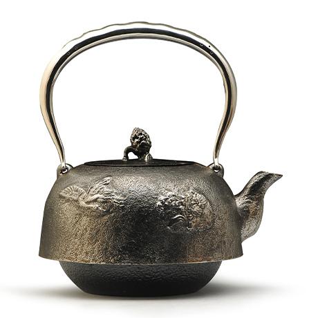 平南部龟鹤砂铁壶