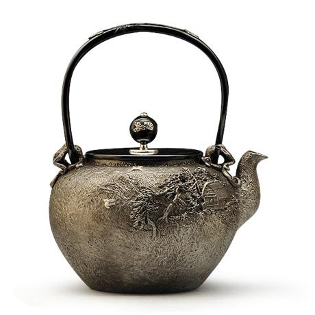 龟文堂复刻家人物砂铁壶