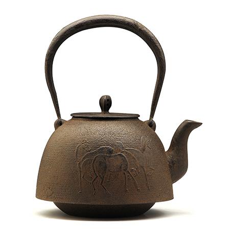 虎山工房 南部形马纹铁壶
