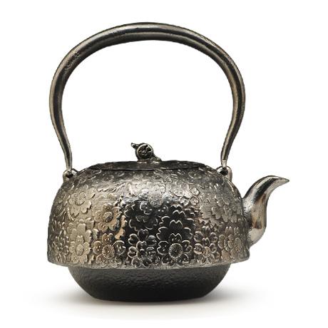 及川齐 平南部形樱纹砂铁壶