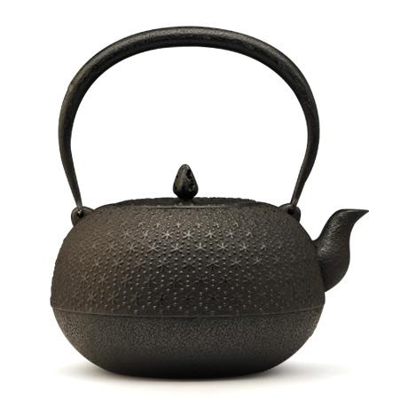 薰山工房 布团形本龟甲铁壶