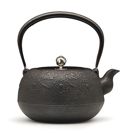 佐藤胜芳 绳纹樱纹铁壶(银摘)
