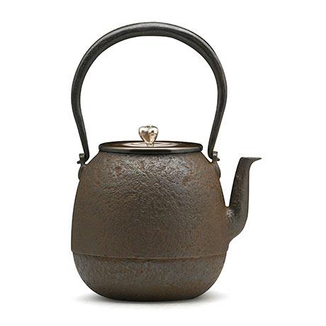 高陵金寿堂 枣形素纹铁壶