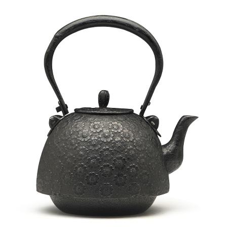 薰山工房 南部形樱纹铁壶