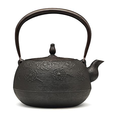 长寿堂 枣形系目樱纹铁壶
