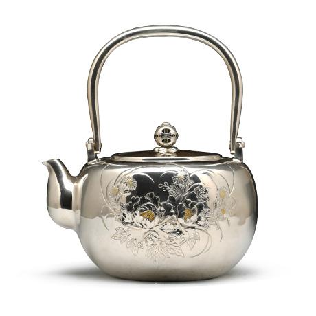 镶金牡丹银壶