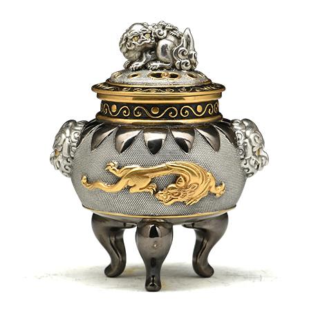 狮耳龙钮银香炉