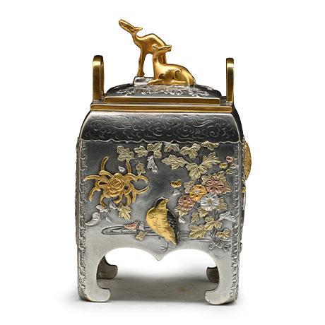银制 角型花鸟香炉