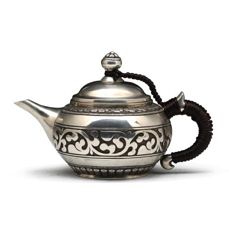 张家松 唐草纹泡茶壶