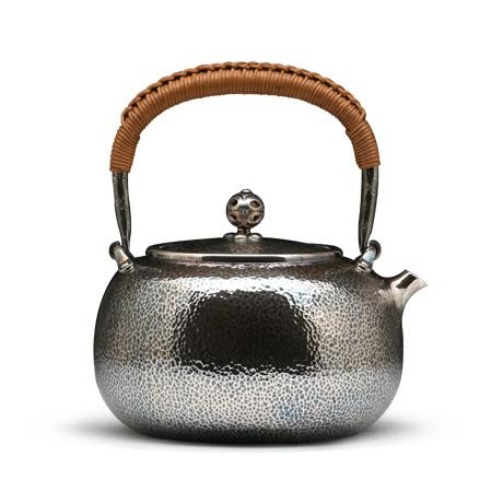 锤目纹熏银银壶