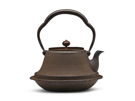 富士霰纹铁壶(铜盖)