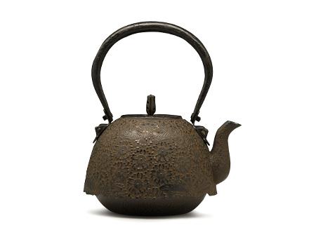 铃木主善堂 南部形樱花纹铁壶