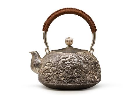 老松錾刻银壶