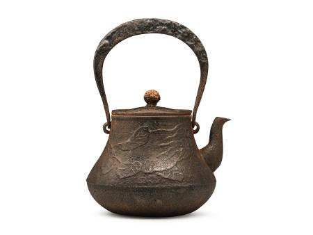 佛手柑纹富士形铁壶 老铁壶