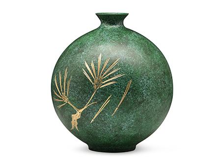 高冈铜器 玉形松寿花瓶