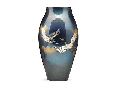 高冈铜器 细壶形双鹤花瓶
